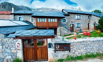 """Casa Rural Entre Babia y la Luna """"Duendes, Estrellas, Rincones,  Sentidos y Colores"""""""